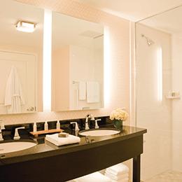 Renaissance-Boston-Hotel-and-Spa-Bathroom
